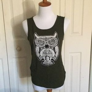 Tops - olive owl sleeveless top